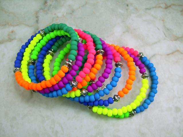 Name:  neon stretch bracelet 1-2015 (640x480).jpg Views: 83 Size:  39.2 KB