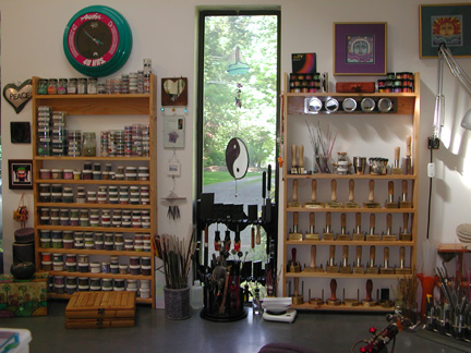 Name:  may 2013 New shelfs.jpg Views: 541 Size:  74.2 KB